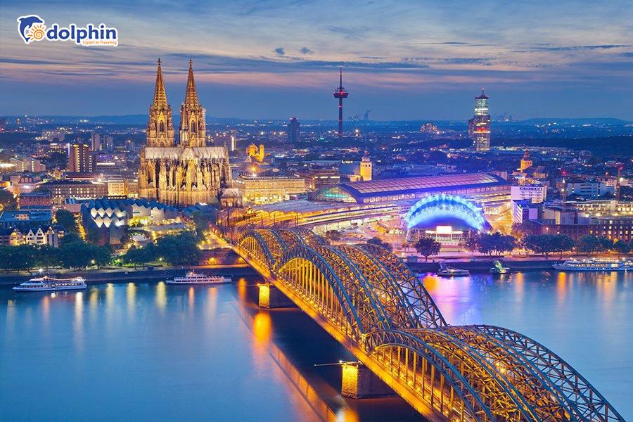 [Hà Nội] Tour du lịch Châu Âu 7 nước: Pháp - Bỉ - Hà Lan - Đức - Thụy Sỹ - Ý - Vatican 15N14Đ bay hàng không 5* Quatar Airways